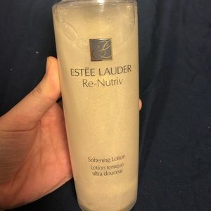Estee Lauder re nutriv softening lotion. Brand new